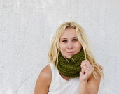 Cilantro COWL - Deep Green, Pulls over Head, Neck Warmer, Adult, Women, Chunky, Neutral, Boho, Hippie, Earthy, Accessory, Hip, Warm, Yarn