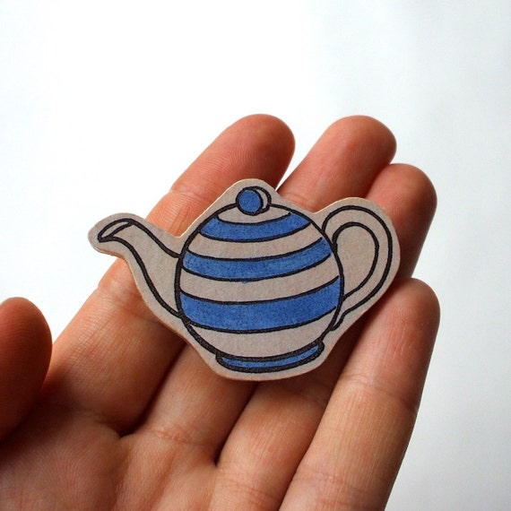 SALE! Wooden Tea Pot Brooch