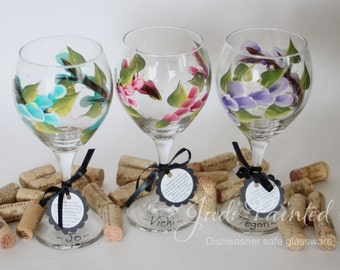 Bridesmaid wine glass, wedding glassware, painted wine glass, floral table decor, flower wine glass, personalized gifts, floral decor, glass