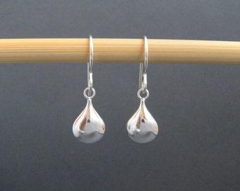 small silver teardrop earrings. simple silver earrings. sterling drop. puff oval. dangles. everyday simple minimalist jewelry