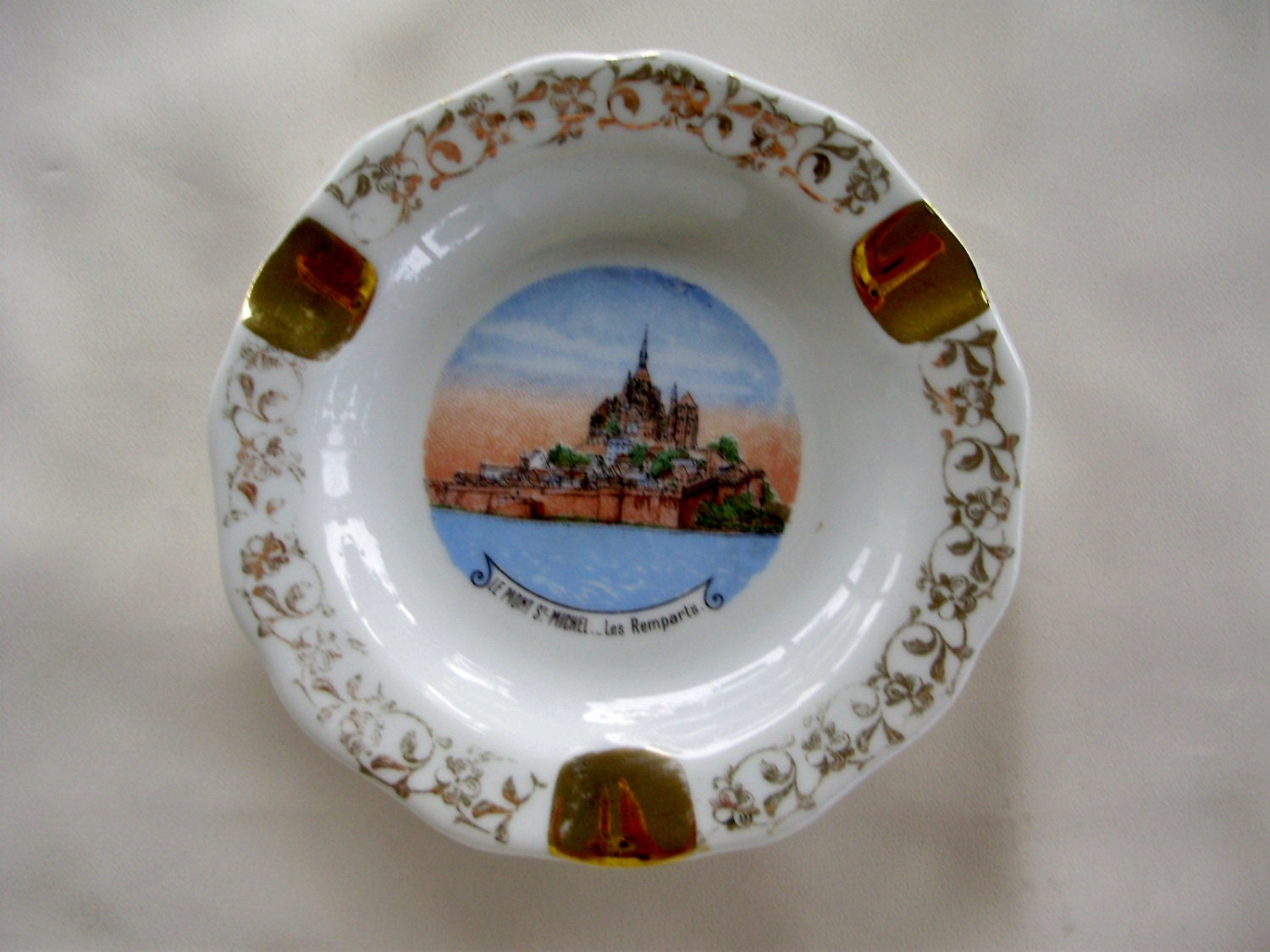 Antique porcelaine d 39 art limoges france ashtray by babouches - Estampille porcelaine limoges ...