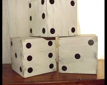 1 Large Wood Off White Dice