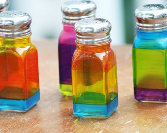 Salt And Pepper Etsy: colorful salt and pepper shakers