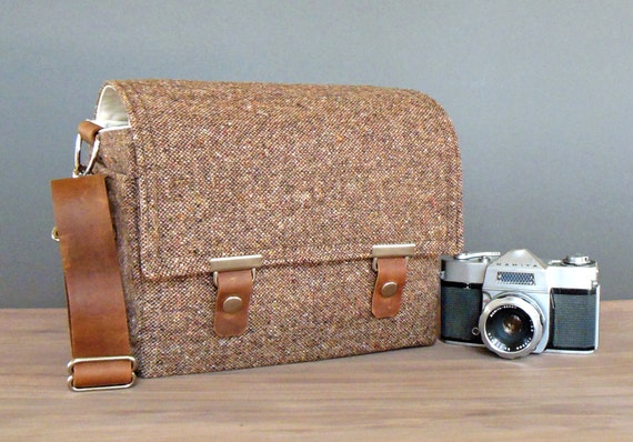 Camera messenger bag - medium  - brown tweed