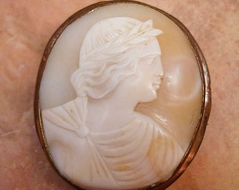 Large Antique brooch Cameo Brooch of Apollo Victorian brooch with laurel wreath Antique cameo pin