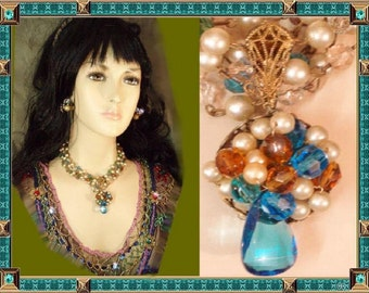FABULOUS Haskell Cluster NECKLACE & Earrings demi parure pearls and glass clusters