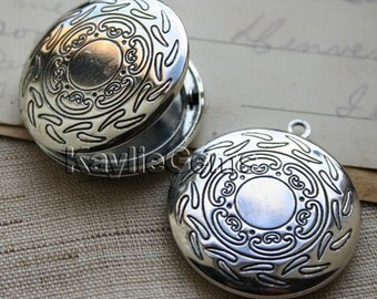 Round Victorian Pattern Hand Touched Antique Silver Locket Pendants /Charms LKRS-130AS - 2pcs