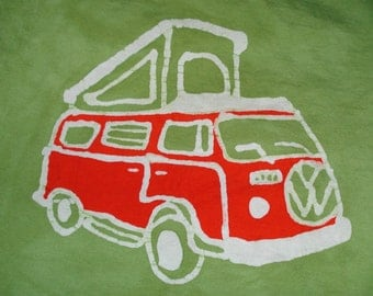 Volkswagen Bay Window Pop Top Camper VW Van Vintage Car Batik CUSTOM KIDS Tee Shirt