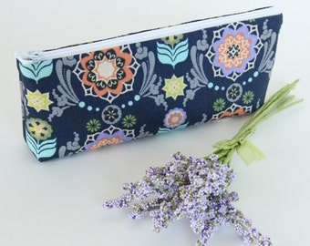 Make up Bag, Cosmetic Bag, Zipper Pouch, Pencil Case, Bridesmaid Gift Idea, Navy Cosmetic Bag, Dutch Floral - READY TO SHIP