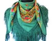 Half Viana's Tradicional folklore scarf  Green (triangle shape)