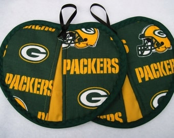 Green Bay  hot pad / pot holder  set of 2