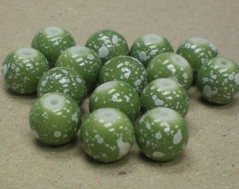 Beads Green Speckle Glass