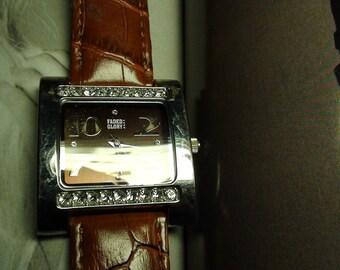 VINTAGE Unisex FADED Glory  Wrist  Watch Glitzy Glam On SaLe Now