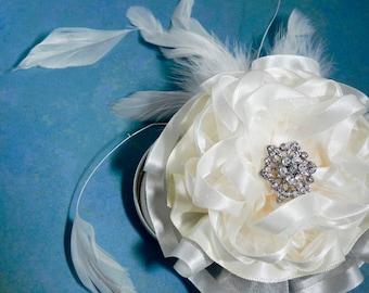 Wedding Flower, Fascinator, Bridal Flower Hair Comb, Hair Clip - Ivory