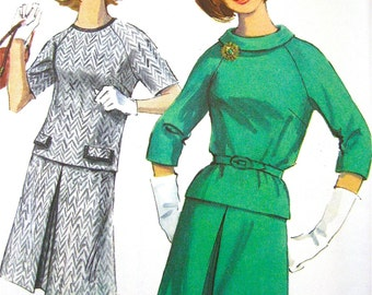 Uncut Vintage Dress  sewing pattern Simplicity 6077  Bust 36