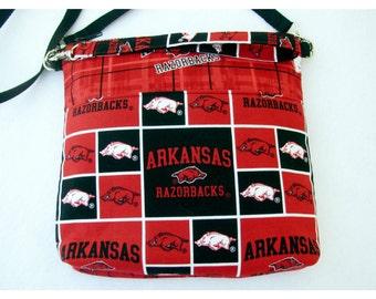 Arkansas Razorbacks Cross Body Bag, Razorbacks Wristlet Clutch, Zippered Top, Zippered Inside Pocket, University of Arkansas Wristlet