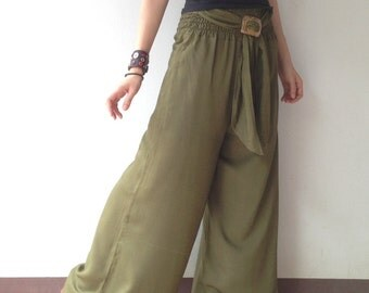 Breezy.. Olive Green wide leg pant