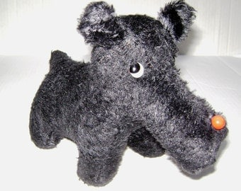 Vintage Scottie Dog, Plush Straw Stuffed toy, Love Worn, Black, Long Snout Scottish Terrier, How Much Is That Doggy in the Window