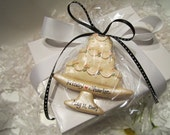 Personalized Wedding Cake Ornament or Favor/First Christmas/Anniversary Ornament/Bride and Groom Ornament/Wedding Cake/Engagement/