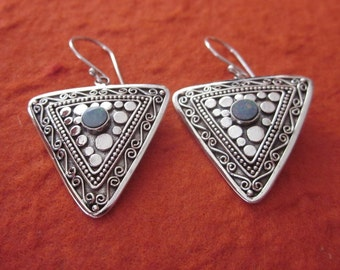 Balinese Sterling Silver Tribal style Earrings Opal  / 1.6 inch long / Nomad style / silver 925