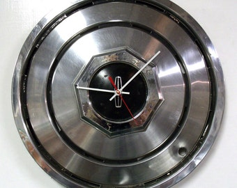 Lincoln Hubcap Clock - 1980 - 1987 Continental Mark Series Town Car Wall Clock - Automotive Decor - 1981 1982 1983 1984 1985 1986