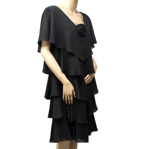 Vintage Black Dress / Ruffle / Black Chiffon / Cocktail / Size 15 -16