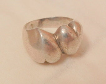 Awesome vintage double heart sweetheart sterling Ring size 5