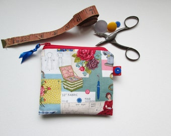 Vintage Sewing Fabric  Credit Card/ Coin Purse