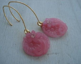 Vintage Pink Crystal Molded Japan Glass Gold Earrings Floral Rose Quartz Givre Rhinestone