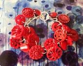 MARILYN RED Bracelet  vintage button 1960s