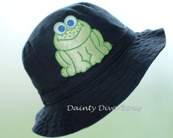 INFANT Boys Navy Blue Sunhat with Frog Embellishment