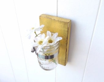 Yellow vase wooden cottage decor wall distressed - single mason jar