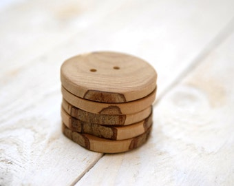 5 Large wooden buttons --- 2 Holes --- 50mm --- TAGT TEAM --- Handmade