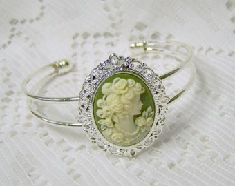 Classic Lady Cameo Cuff - Victorian Lady Elegance - Green and Ivory - Silver  Bracelet - Roses -