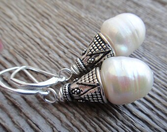 Pearl Earrings - Fresh water pearl earrings, ivory white, sterling silver, bridal accessores, wedding, classic, iridescent earrings(E66)
