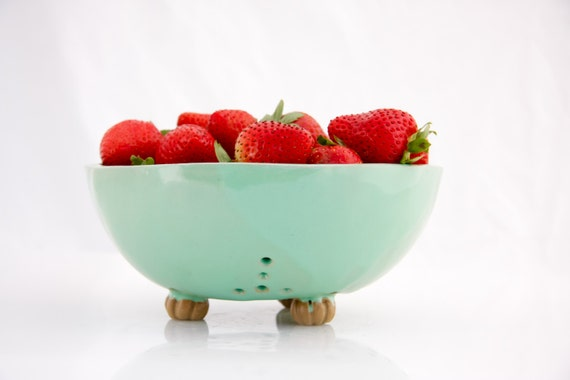 ceramic berry basket - handmade berry bowl - Large berry bowl - fruit colander - pottery  strainer