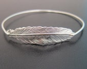 Silver Feather Bangle Bracelet, Feather Bracelet, Hippie Bracelet, Bohemian Jewelry, Boho Jewelry, Hippy Jewelry, Hippy Bracelet, Nature