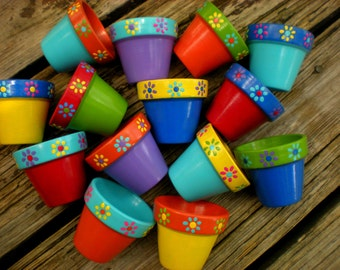 Small Painted Pots - Set of 25 - Kids Party Favors - Baby Shower Favors - Bridal Shower Favors