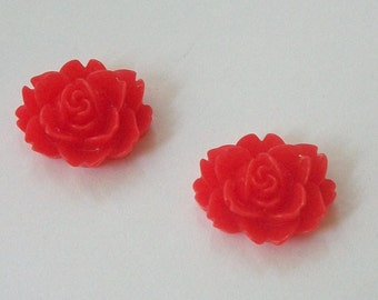 Clearance Sale -- 6 Resin Cabochons Roses Resin Flowers 18mm  -- RED flat back, no hole cabochons, colorful flowers