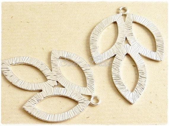 1162-MR (2 pcs) Matte rhodium plated three Marquise leaf pendants
