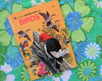 Vintage Golden Exploring Earth Book of Birds