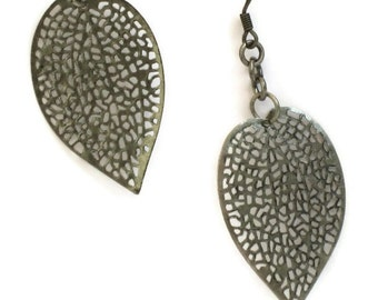 Silver Leaf Earrings, Gifts for Women Mom Wife Sister Daughter Grandma Teacher Under 20, Birthday Christmas Gifts, Stocking Stuffers