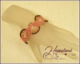 Lilly , micro macrame bracelet pattern