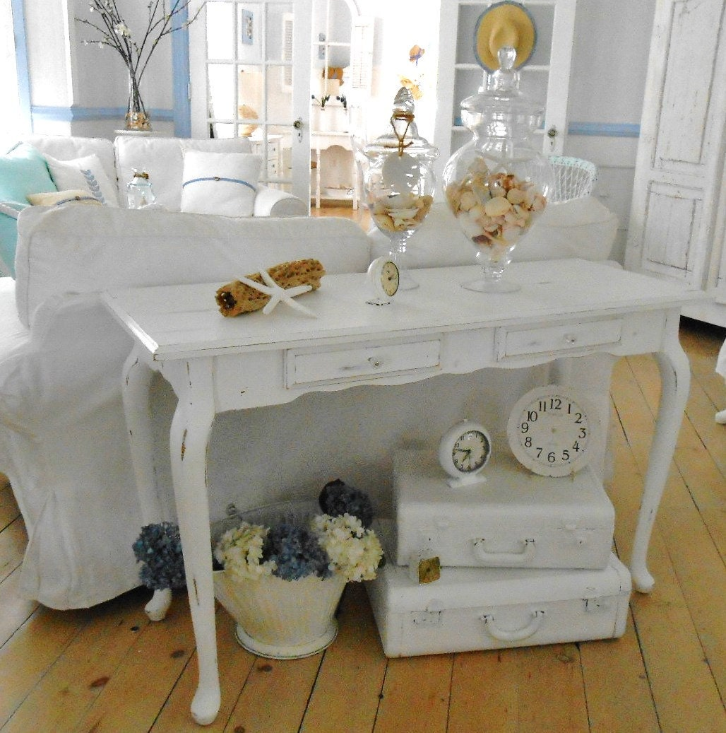 shabby chic furniture sofa table table hall table. Black Bedroom Furniture Sets. Home Design Ideas