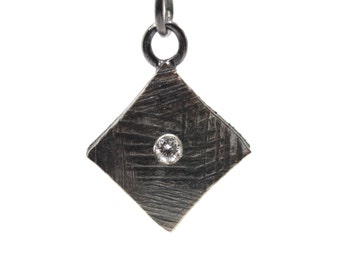 Geometric Diamond Black Silver Necklace Modern Texture - Diamante Diamante