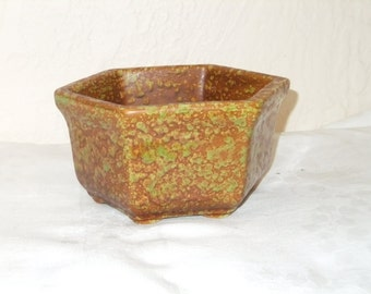 Vintage Pottery Planter Haeger 4002 USA Hexagon Brown Green Spattered Sponged Retro
