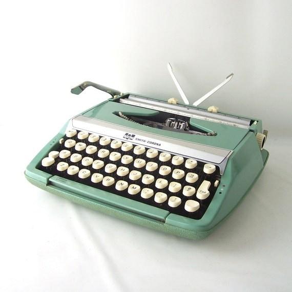Smith Corona Typewriter Vintage 44
