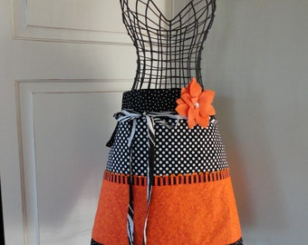 Hauntingly Cute ~ Halloween Fall Apron - Pockets and More Style - Womens Half Apron - 4RetroSisters