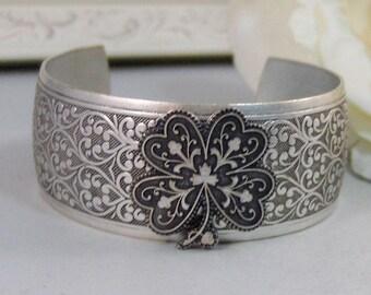 Lucky Shamrock,Bracelet,Cuff,Silver Bracelet,Cuff Bracelet,Bracelet,Silver,Shamrock,Clover,Irish,Luck.Handmade Jewelry by valleygirldesigns.