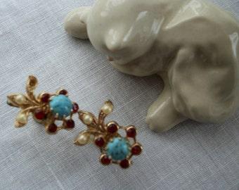 1950's Faux Turquoise Red Flower Screw Earrings